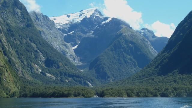 milford sound glacier