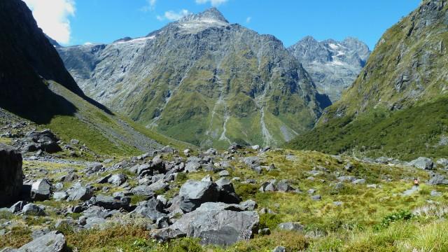 mountains near homer tunnel fiordland